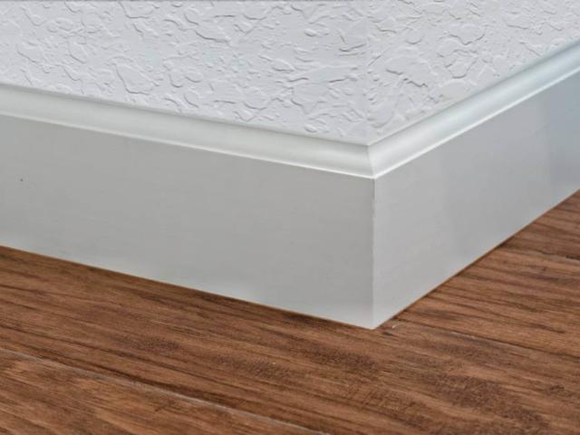 4.25 Baseboard Inside Corner